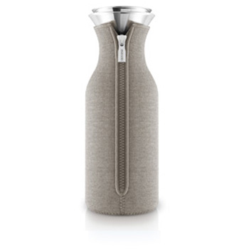 Fridge karaf 1,0 l. met hoes woven warm grey
